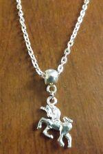 collier chaine argenté 51 cm avec pendentif licorne 23x20 mm