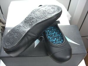 Start-rite  Angry Angels Totally Rip-Tape Girls School Shoe Size 1Wide £25.00