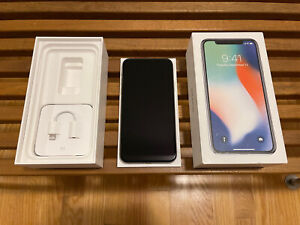 Apple Iphone X 256gb (AT&T) *Blacklisted With Box*