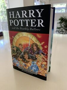 Harry Potter And The Deathly Hallows: JK Rowling HARDCOVER, First Edition, MINT