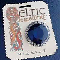 Stunning Vintage Unsigned Miracle Celtic Sapphire Blue Glass Brooch Pin