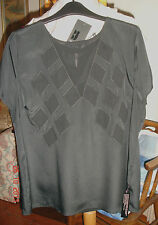 BNWT BETTY JACKSON BLACK TOP SIZE 16 BLACK WITH CHIFFON APPLIQUE RRP£39.00
