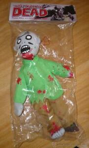 The Walking Dead Plush Zombie Doll- Signed by Kirkman NYCC-Los muertos vivientes