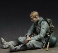 1:35 1/35 Resin WWII German Soldier at Rest (1 figure) Model kit