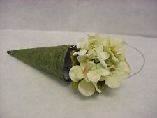 Hydrangea Flower on Green Cone Style Paper Box Silver Hanging String Wedding