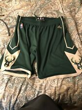 New Season Milwaukee Bucks Green Basketball Shorts Size S-XXL