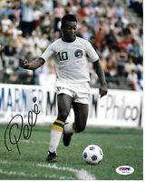 Pele Autographed 8x10 Soccer Cosmos Photo White Jersey - PSA/DNA COA
