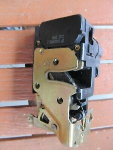 NOS 1992 - 1995 CADILLAC ELDORADO LEFT DRIVER SIDE DOOR LATCH & ACTUATOR