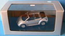 VW VOLKSWAGEN NEW BEETLE CABRIOLET TOP REFLEX SILVER AUTOART 1/43 SILBER 2003