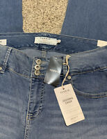 Women's TORRID DENIM JEGGING CROP DESIGNER JEANS Size 16 Actual 36X24 Rise 10.5