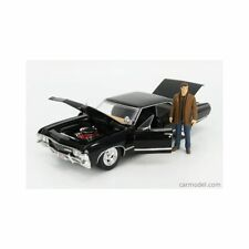 Jada Jada32250 Hollywood Rides – Chevy Impala W/Dean WInchester Figure 1967 1/24