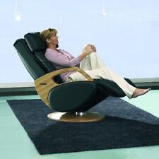 Massagesessel KEYTON Dynamic in Echtleder schwarz und Holzelementen Eiche