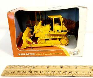 ERTL 1996 John Deere 850C Crawler Dozer #5261 1:50 Scale BRAND NEW Never Open
