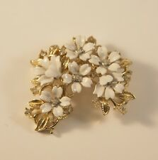 Vintage White And Gold Trifari Floral Pin Mint Condition
