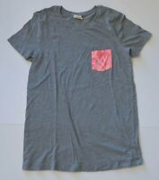 Woman's VICTORIA'S SECRET PINK Grey T-Shirt Pocket Pink Junior Size Extra Small