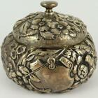 ANTIQUE+SIMONS+BROTHERS+HERALDIC+FLORAL+REPOUSSE+STERLING+SILVER+POWDER+JAR+BOX