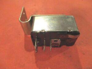 FORD-LINCOLN-MERCURY 1972-1991--MOTORCRAFT Power Window Relay RL2-[4 TERMINALS]