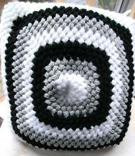 Handmade Crochet Stitch Copricuscino Puff