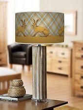 68cm grande Lampada da tavolo in legno di bambù con stampa giclee paralume Tartan Lepre