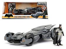 BATMAN V SUPERMAN BATMOBILE WITH DIECAST BATMAN FIGURE MODEL 1/24 BY JADA 98034