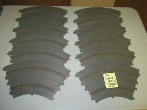 """12 Used Vintage Revell 1/32 Scale 1965 Slot Car 14"""" Radius Curve Track Sections"""