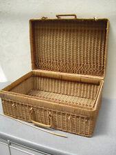Vintage classic suitcase shape picnic basket wicker hamper basket