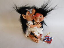 Scandinavian Norwegian Lommedalen Troll Bride & Groom #062