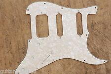 Golpeador  Aged Pearl HSS Stratocaster Lonestar Pickguard 3 Capas Humbucker