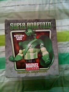 Bowen designs Super Adaptoid bust