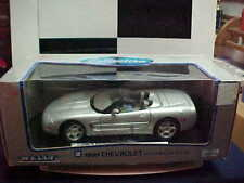 BRAND NEW SILVER 1999 CHEVROLET CORVETTE WELLY 1/18 CAR