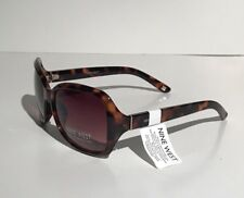 Fashion Nine West Womens Elegant Sunglasses Model Oversize Square NWT