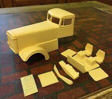 RESIN 1953 Custom PETERBILT NEEDLENOSE Extended Hood 1/25 - CRACKED SIDE PILLAR