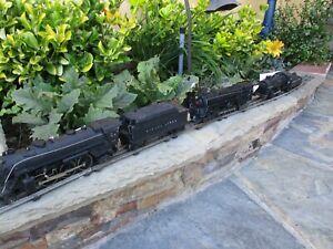 Lot of 3 Lionel Locomotives: #1666, #671, #1061, 1 Tender #2224W