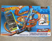Hot Wheels Sky Crash Tower Track Set, 2.5+ Ft High Vehicle Playsets W/5 Car Pack