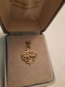 """Vintage NEW14K SOLID YELLOW GOLD Diamond Cut ETCHED Starfish """"BEST MOM"""" charm"""