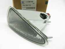NEW GENUINE OEM Gm 16517432 Right Passengers Side Turn Signal Parking Light Lamp