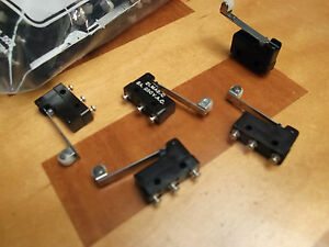 Micro Switch 5A Gold C/O ROLLER LEVER small Microswitch 2LMA2C x 1pc ONO