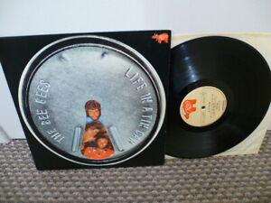 """Bee Gees : Life in a Tin Can 12"""" Vinyl Record Album - RSO 2394 102"""