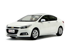 1/18 Scale Chevrolet New Cruze 2015 White Diecast Car Model Toy Collection Gift