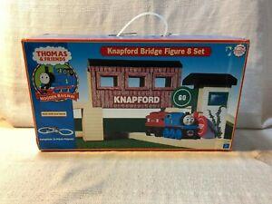 Thomas & Friends Wooden Railway Knapford Bridge Figure 8 Set 23 Piece Playset