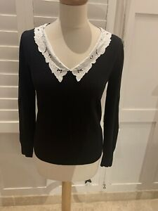 BLACK COTTON KNIT TOP WITH LACE COLLAR MED