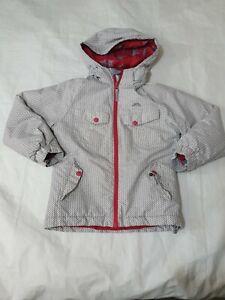 5-6  years Girls tresspass tp50 Coat white please read (16)