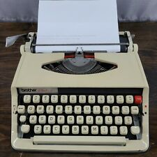 Vintage BROTHER ACTIVATOR 800T Portable Typewriter With Case