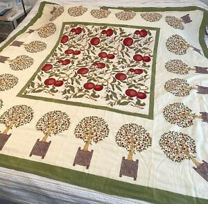 """Couleur Nature Bruno Lemy Retired Persimmon Tree Tablecloth Green/Red Square 71"""""""