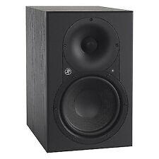 "Mackie Xr624 Pair 6"" Active Studio Monitors 160 Watts"