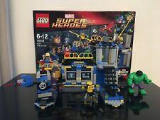 Lego Super héros Marvel 76018 Hulk Lab Smash avec Thor, Hulk et Modok