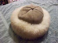 WOMENS LEPRECHAUN SHEEPSKIN HAT