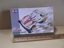 Auldey Model You Build Race Car Comes w/ Motor VANGUARD 1:32 Scale