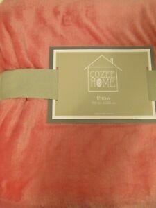 Dark Pink Cozee Home Velvetsoft Throw - 150cm x 200cm - new