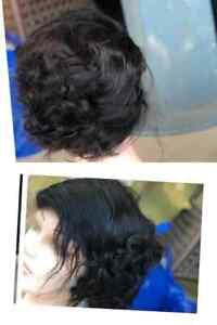 Perruque  à cheveux 100% humains courts bouclés.